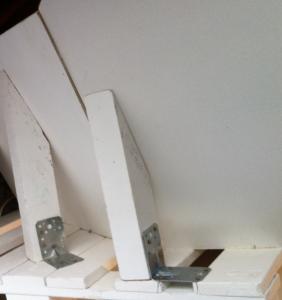 Detail der beiden Lehnenteile am Palettensofa