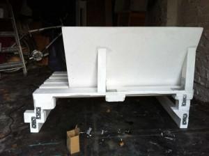 Rückseite Sofa und Unterbau, die hässlichere Seite