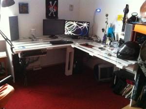 Selbstbau-Schreibtisch aus Paletten: Endergebnis