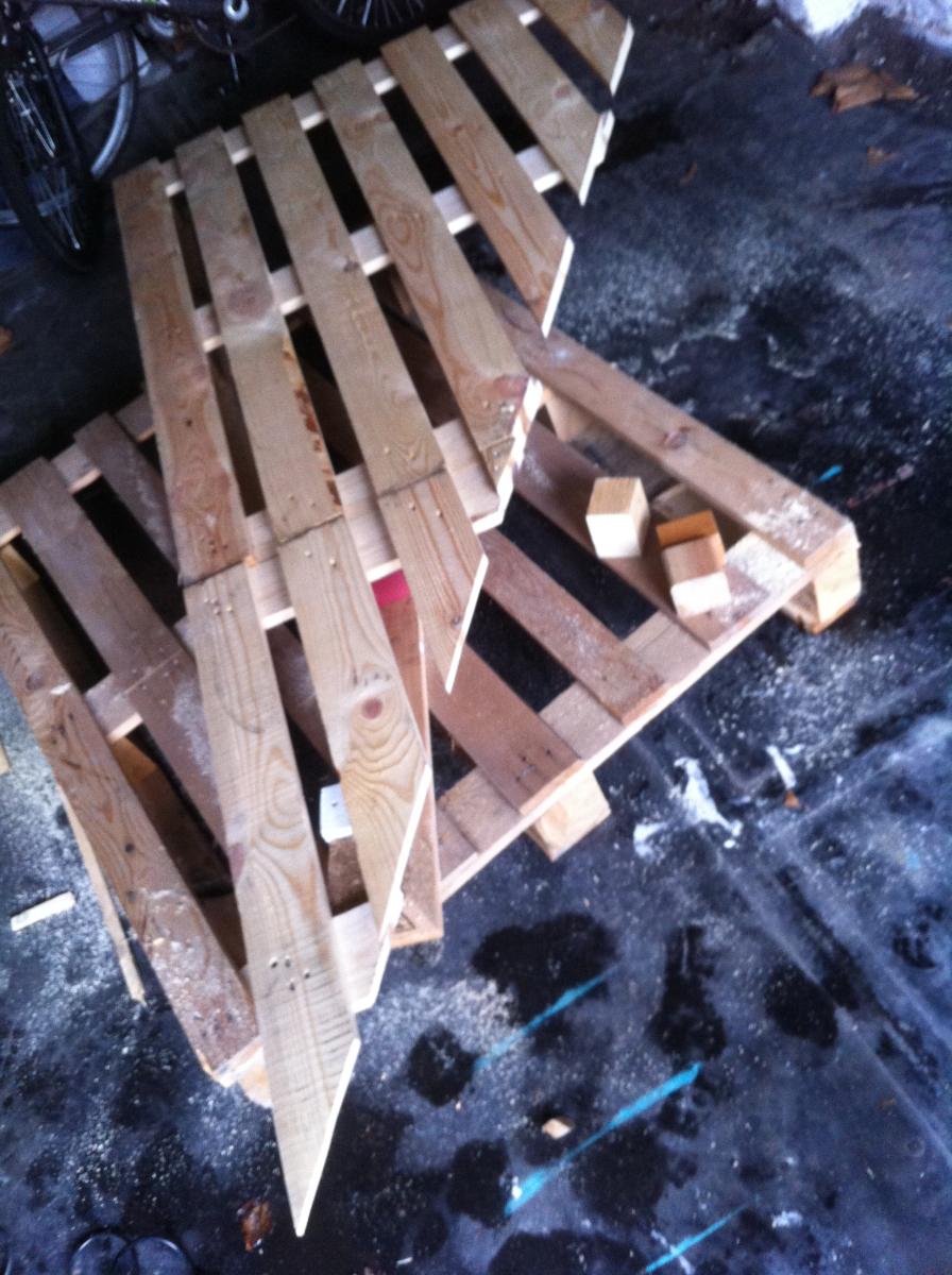 Palettenschreibtisch 2 ecktisch dreieckig teil 1 - Tischplatte ecke ...