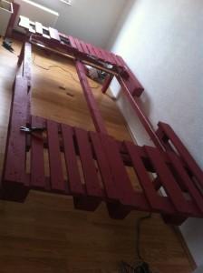 Doppelbett, Palettenrahmen, komplett montiert