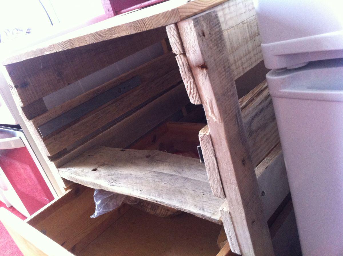 Küchenschrank Schubladenschrank mit Paletten selberbauen