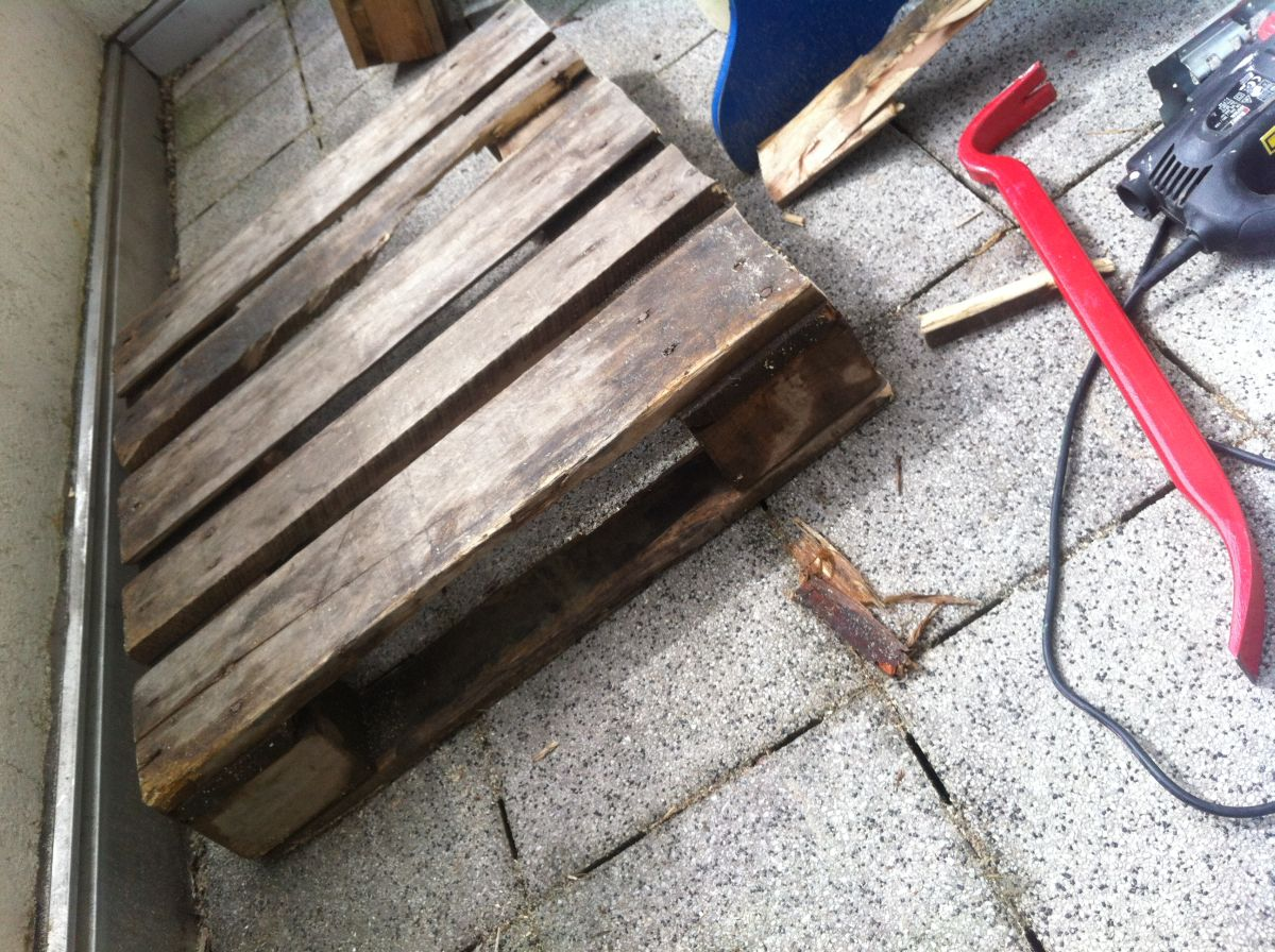 gartenmöbel selber bauen: lehnstuhl/gartenliege aus paletten 1, Garten Ideen
