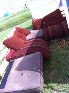 Mobiles Outdoor-Sofa aus Paletten, gepolstert - OHM2013