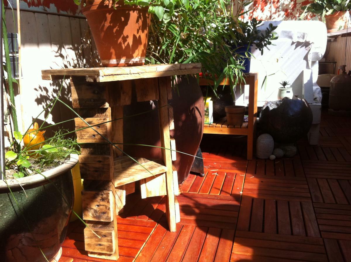 Blumenständer oder Klein-Gartenmöbel: Paletten-Resteverwertung ...