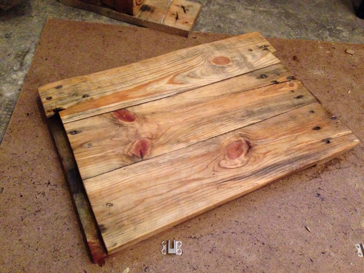 Badezimmerschrank: Waschbecken-unterschrank Aus Palettenholz ... Badezimmerschrank Waschbecken
