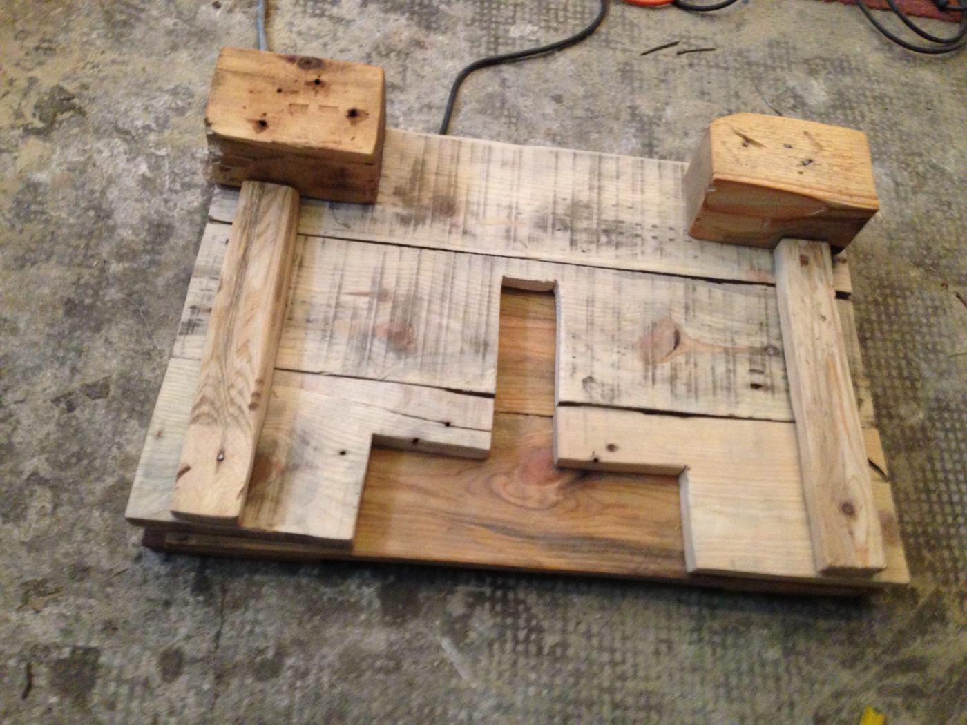 Waschbeckenunterschrank selber bauen  Badezimmerschrank: Waschbecken-Unterschrank aus Palettenholz ...