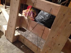 Boden-Drahtführung für die Schubladen