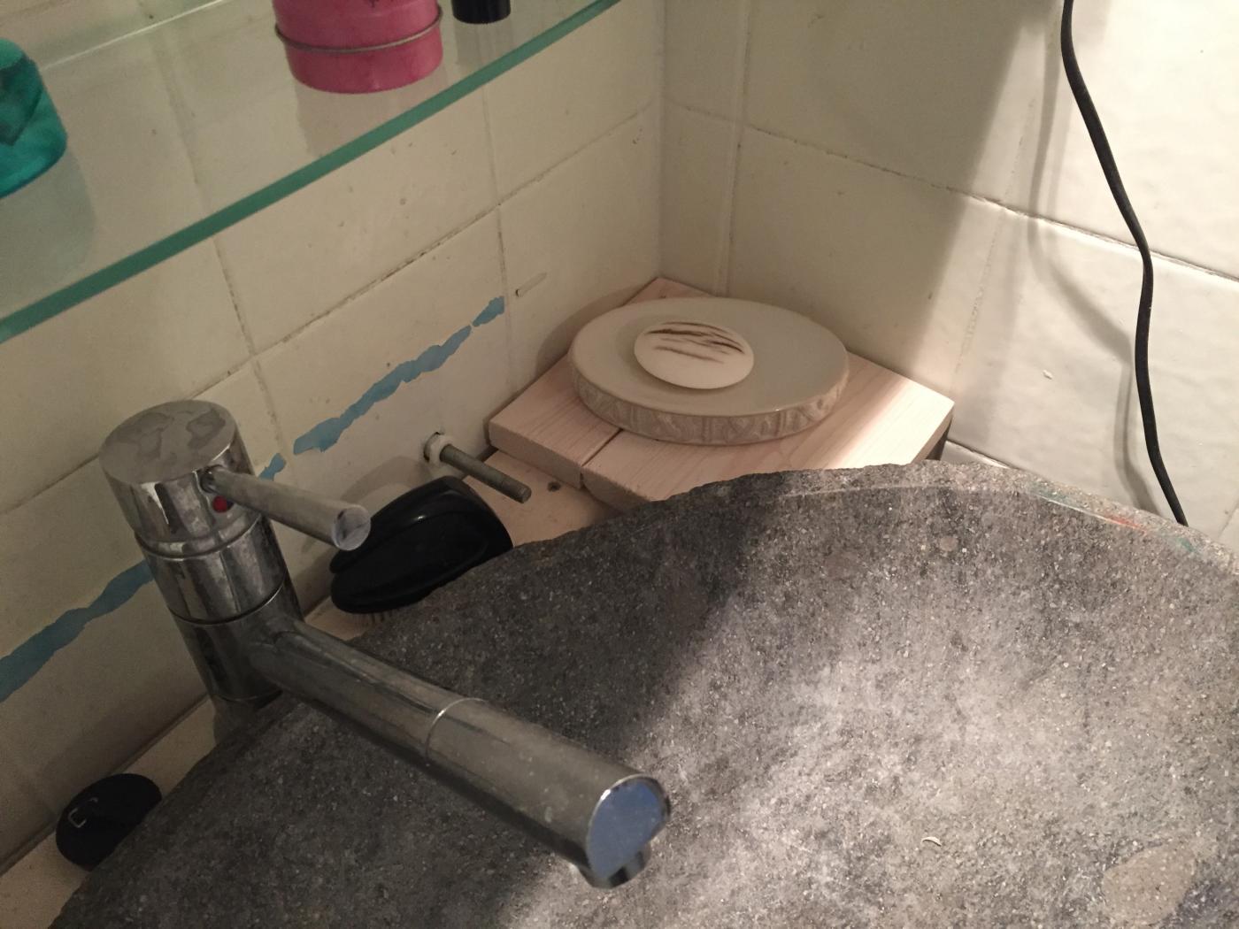 Seifenablage, Badezimmer, Waschbecken-Unterschrank - Palettenbett